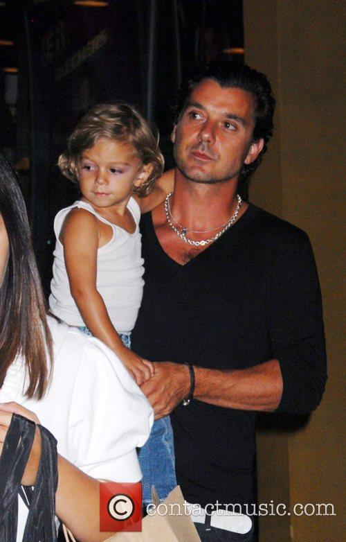 Gavin Rossdale and Kingston Rossdale At A Birthday Party At The Hard Rock Cafe In Universal City 2