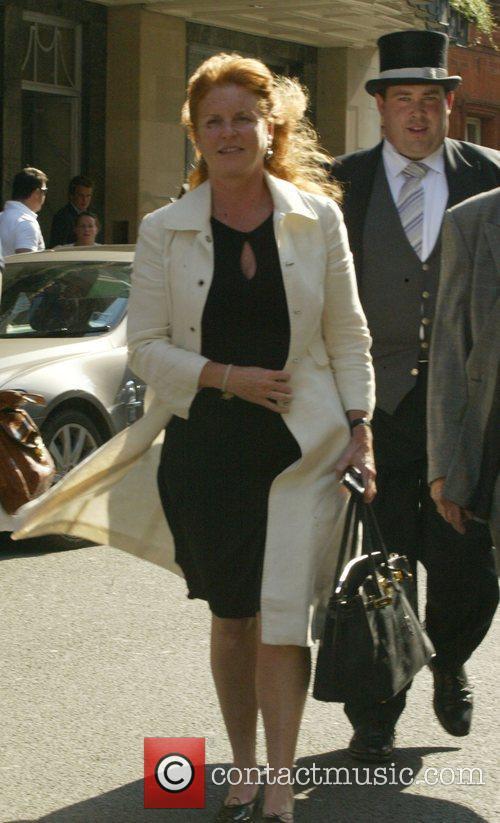 Sarah Feguson, Duchess of York, outside Claridges Hotel