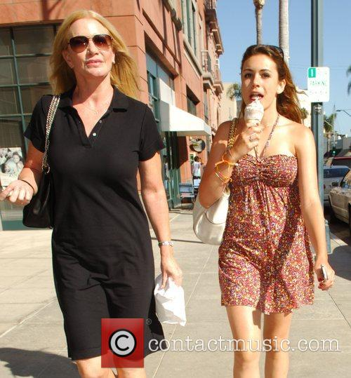Shannon Tweed and Daughter Sophie Simmons 1