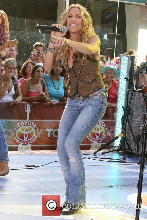 Sheryl Crow and Rockefeller Plaza 12