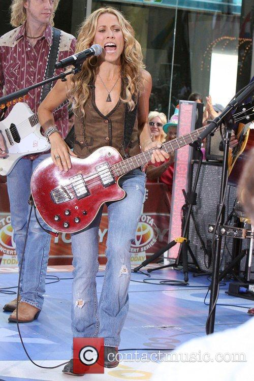 Sheryl Crow and Rockefeller Plaza 18