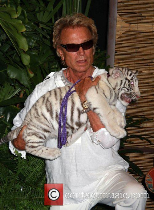 Siegfried Fischbacher with Star Siegfried and Roy announce...