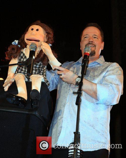 Terry Fator 4