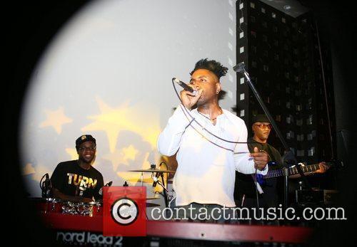 Omar performing at S.O.B's in Manhattan