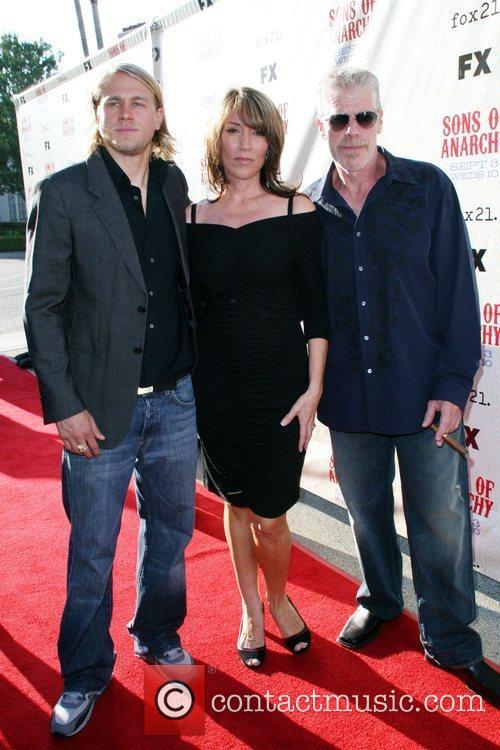 Charlei Hunman, Katey Sagal, Ron Perlman FX premiere...