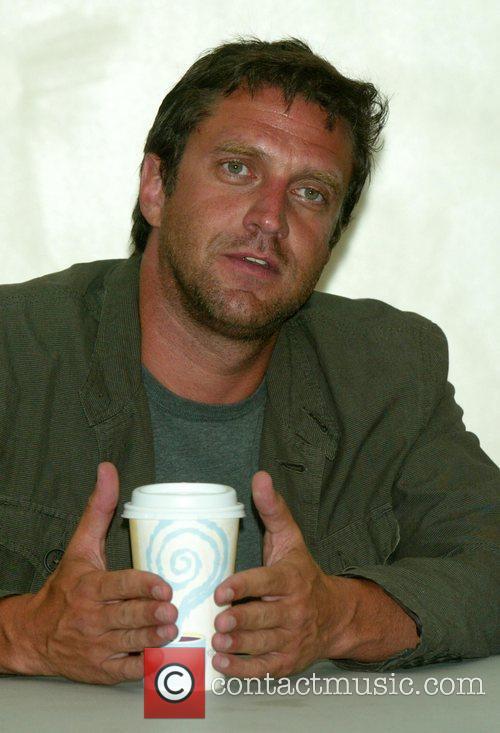 Raul Esparza 1