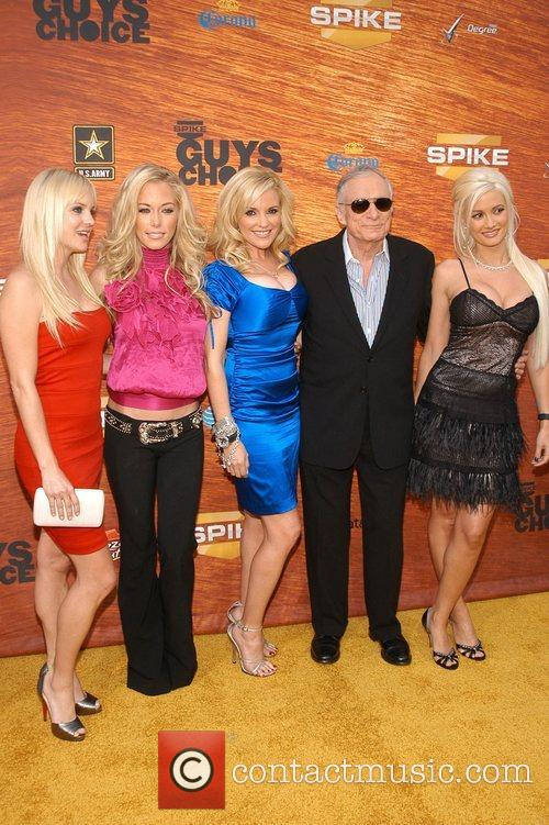 Anna Faris, Bridget Marquardt, Hugh Hefner and Kendra Wilkinson 4