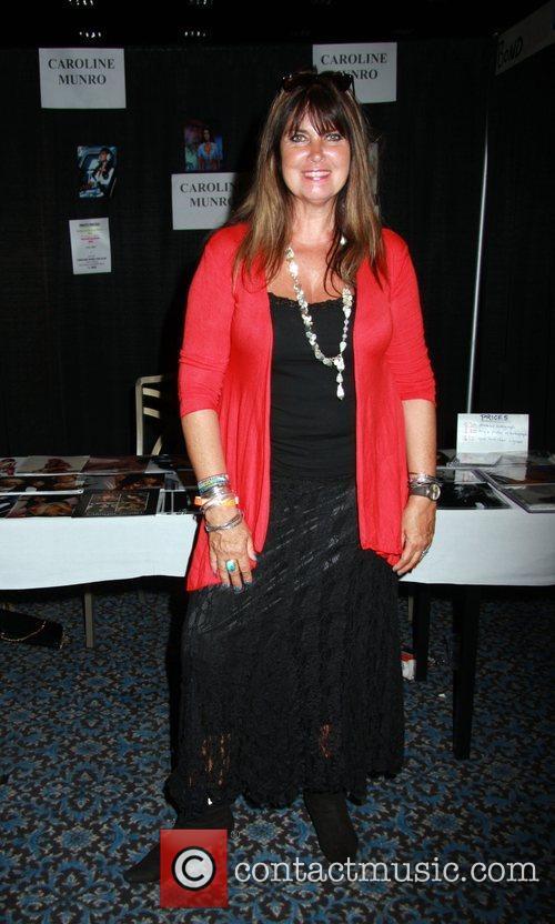Caroline Munro, Las Vegas, Star Trek and Star Trek Convention 2