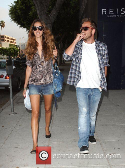 Stephen Dorff and His Girlfriend 8