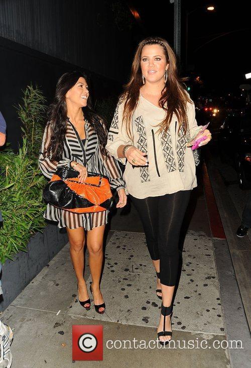Kourtney Kardashian and Khloe Kardashian 9