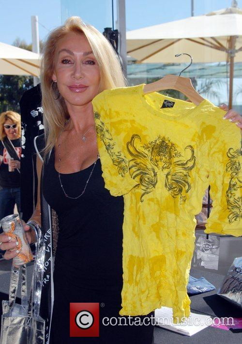 Linda Thompson Celebrities at the SMG Style lounge...