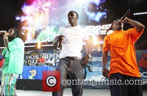 Akon and T-pain 4