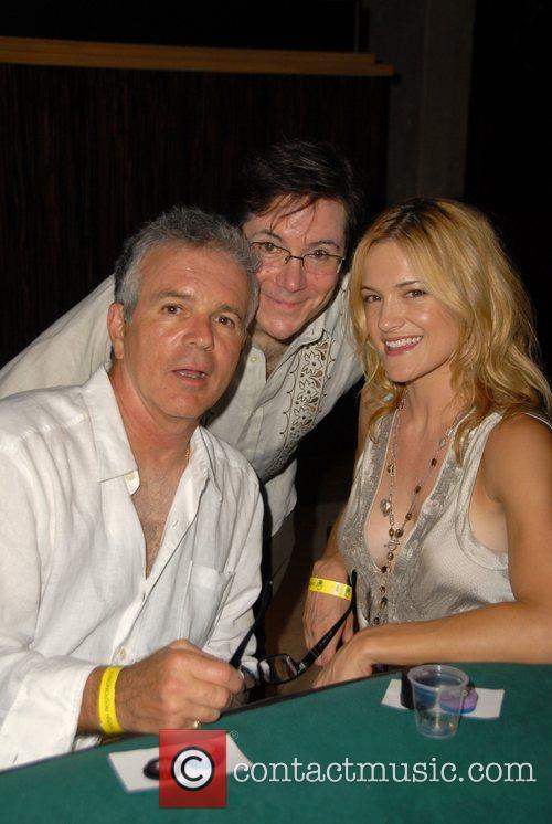 Tony Denison, Jaime Gold, Victoria Pratt Summer nights...