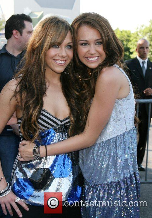 Miley Cyrus and Friend Mandy Jiroux 6
