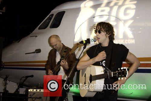 Johnny Borrell 7