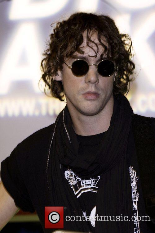 Johnny Borrell 8