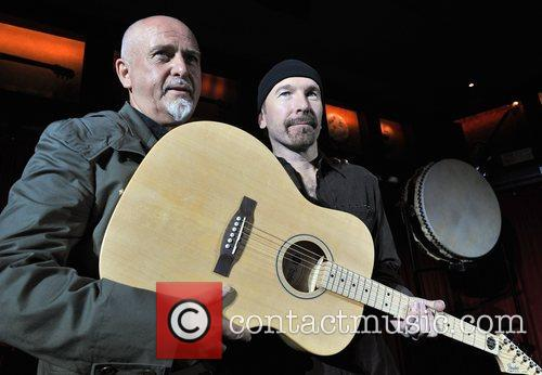 The Edge and Peter Gabriel 6