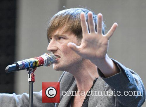 Dan Gillespie Sells The Feeling performing live at...