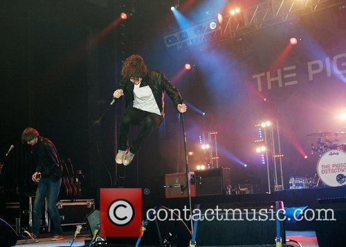 The Pigeon Detectives and Brixton Academy 15