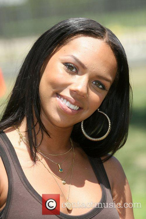 Kiely Williams 3