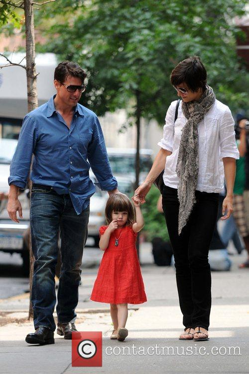 Tom Cruise and Katie Holmes take a stroll...