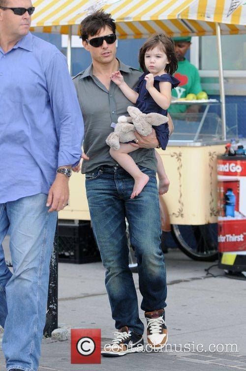 Tom Cruise and Daughter Suri Cruise 7