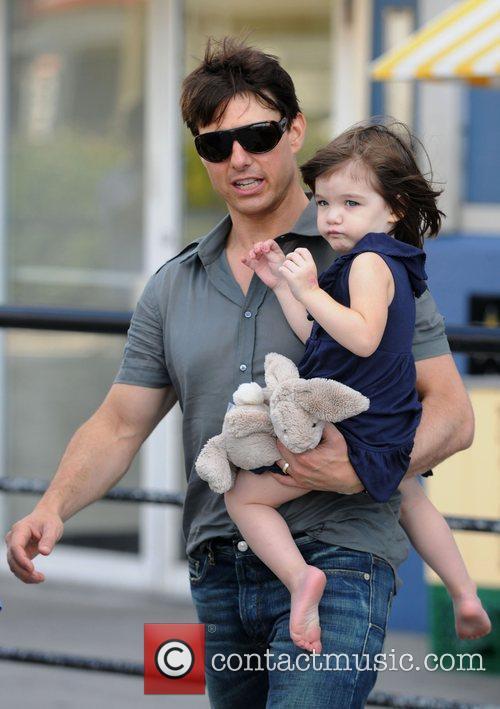 Tom Cruise and Daughter Suri Cruise 9