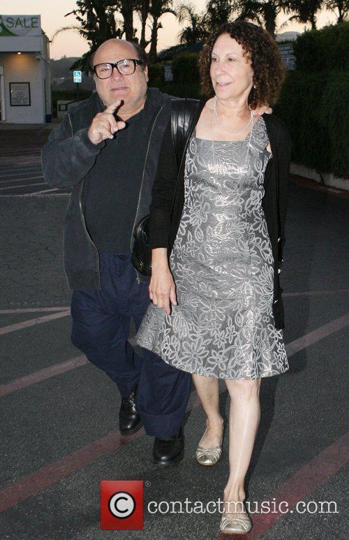 Danny DeVito and Rhea Perlman at Tra Di Noi Resaurant in Cross Creek 10