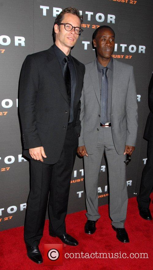 Guy Pearce, Don Cheadle