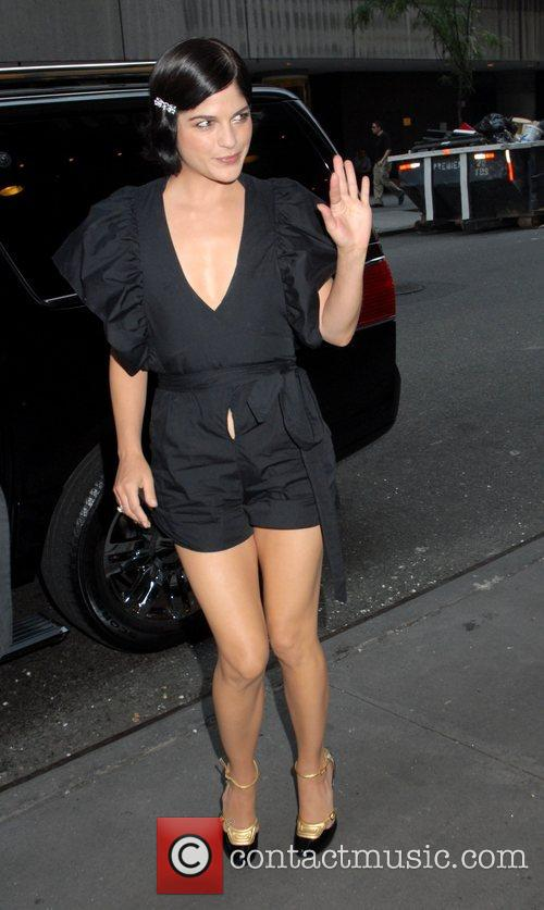 Selma Blair outside MTV TRL Studios in Times...