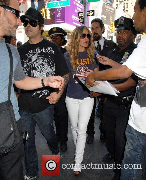 Carmen Electra and Mtv 8