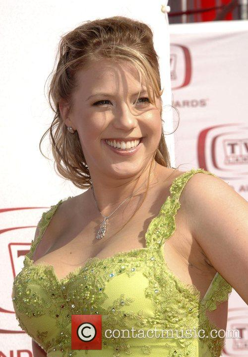 jodie sweetin engagement ring picture. Jodie Sweetin Gallery