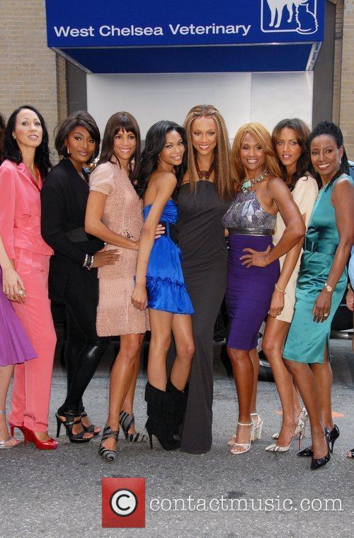 Pat Cleveland, Toccara Jones, Veronica Webb, Chanel Iman,...
