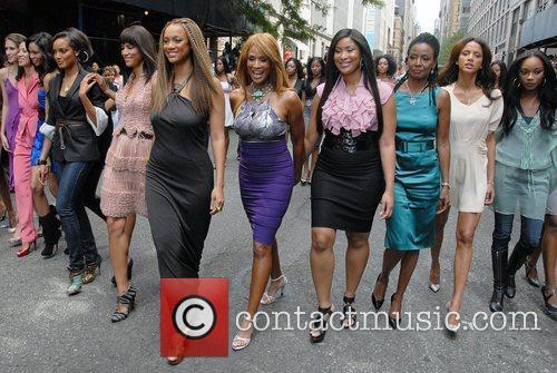Tyra Banks and Models 'The Tyra Banks Show'...