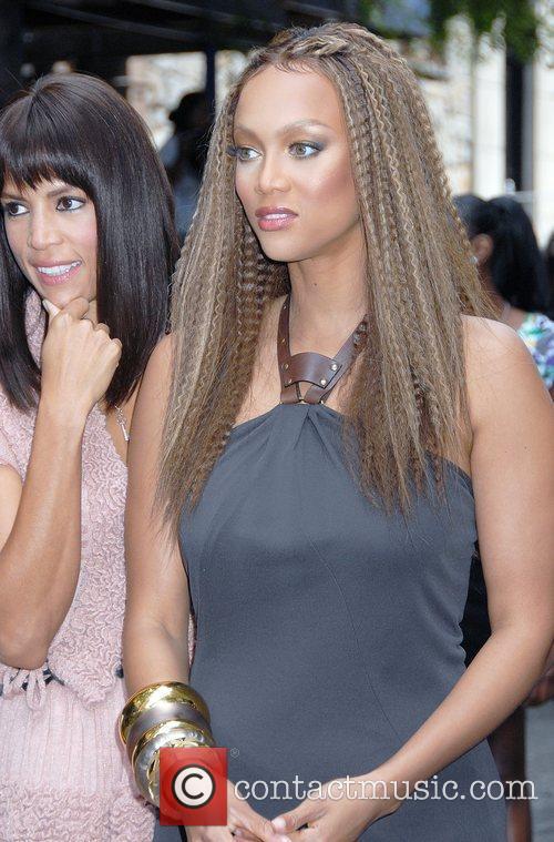 Veronica Webb and Tyra Banks 'The Tyra Banks...