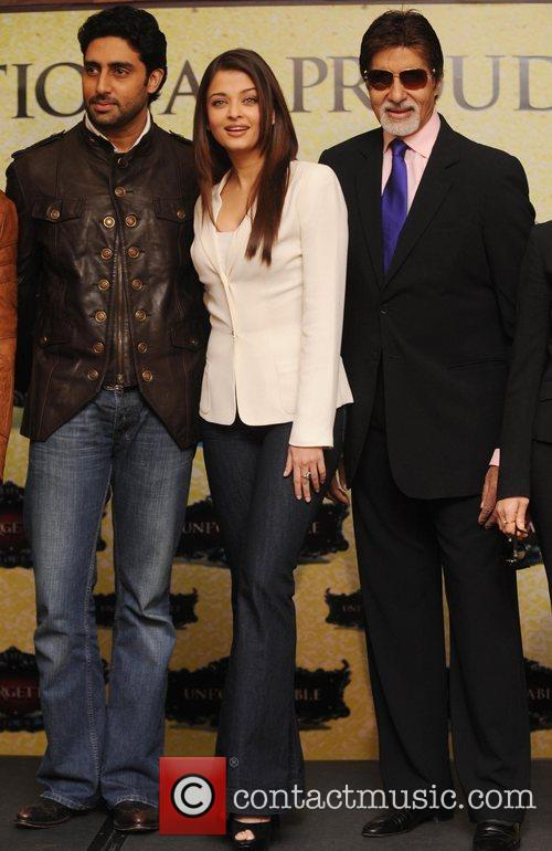 Abhishek Bachchan, Aishwarya Rai and The Unforgettable Tour 8
