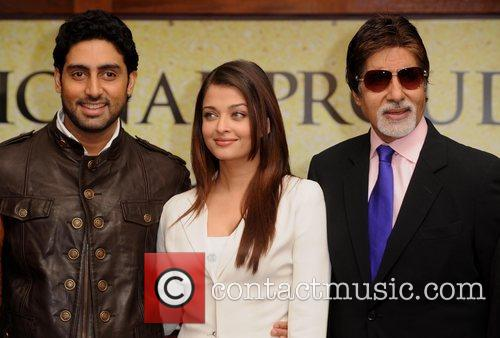 Abhishek Bachchan, Aishwarya Rai and The Unforgettable Tour 6