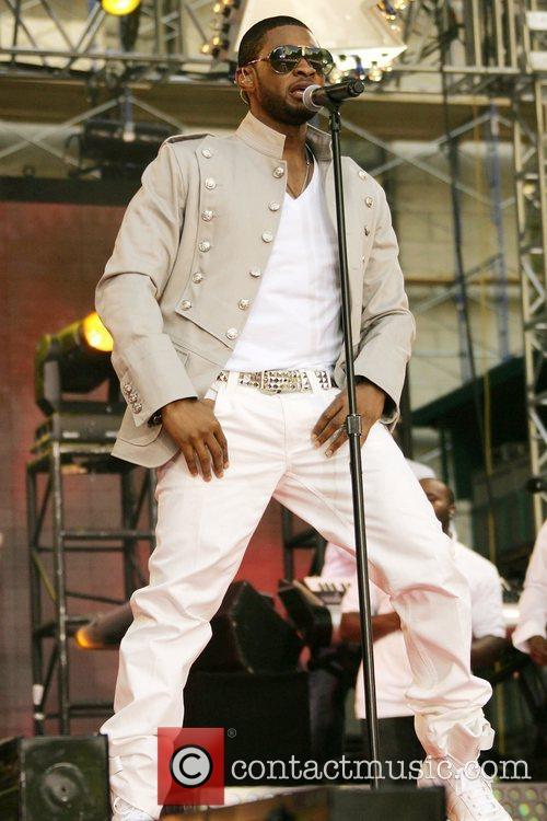 Usher, ABC, Bryant Park