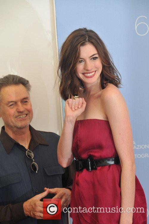 Jonathan Demme and Anne Hathaway 1