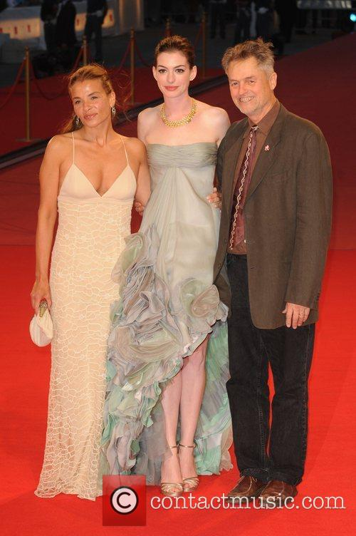Jenny Lume and Anne Hathaway 1