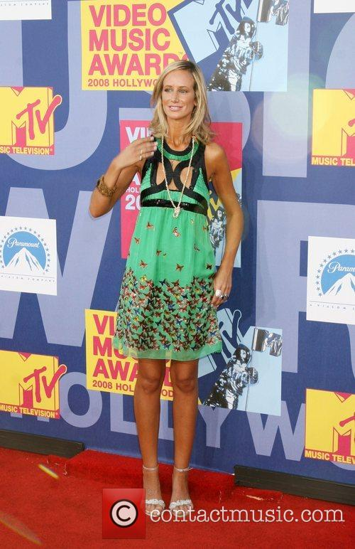 Lady Victoria Hervey and Mtv 6