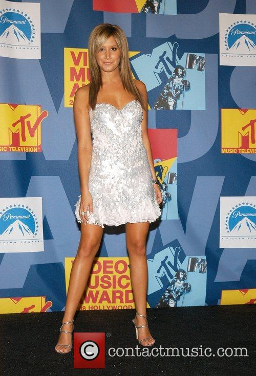 Ashley Tisdale and Mtv 4