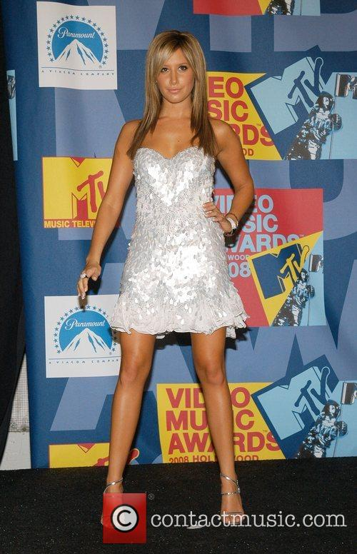 Ashley Tisdale and Mtv 5