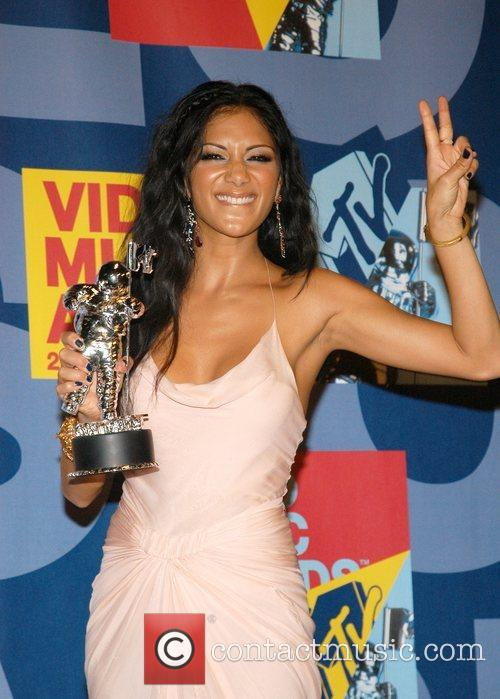 Nicole Scherzinger and Mtv 5