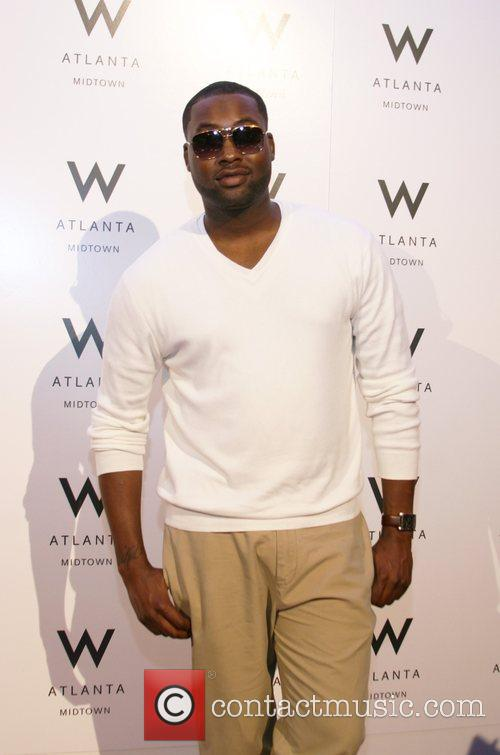 Project Runway Runner-Up, Mychael Knight Grand Opening of...