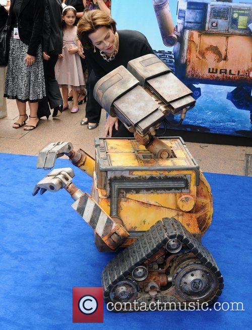 Sigourney Weaver 3