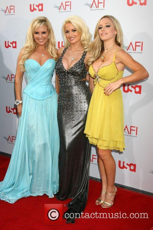 Bridget Marquardt and Holly Madison 4