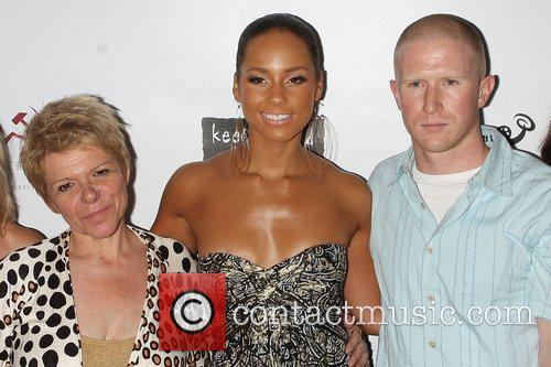 Lee Blake, Alicia Keys and Angelina Jolie 1
