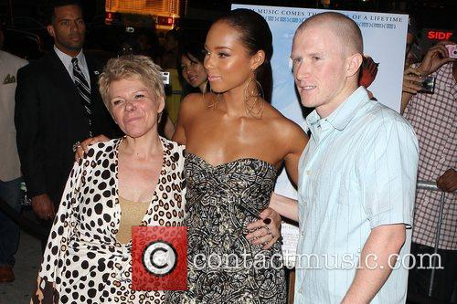 Lee Blake, Alicia Keys and Angelina Jolie 2