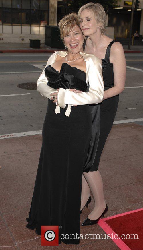 Lisa Ann Walter and Jane Lynch 5